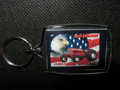 "ALLIS CHALMERS D17 ""AMERICAN CLASSIC"" KEYCHAIN"