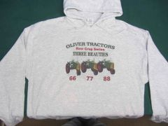 OLIVER ROW CROP THREE BEAUTIES Hooded Sweatshirt