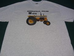 MINNEAPOLIS MOLINE M670 TEE SHIRT
