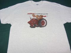 "FARMALL ""SHE THINKS MY TRACTOR'S SEXY"" TEE SHIRT"