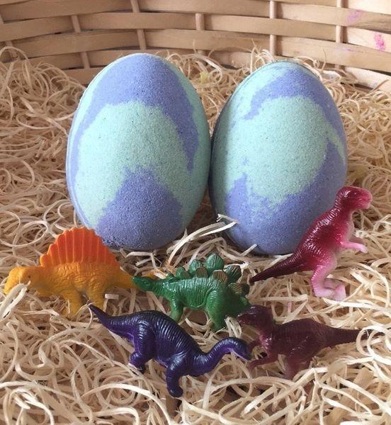 Dinosaur Egg Bath Bomb