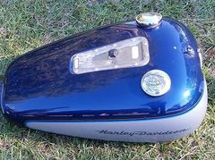2002 Softail Deuce Tank Silver/Blue