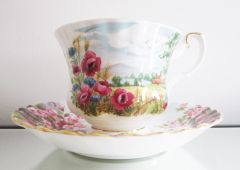 Royal Albert, Country Scenes, Rose Cottage cup and saucer
