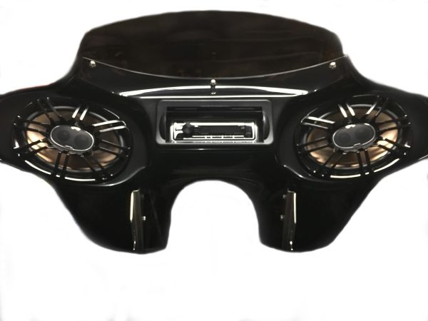 Road King Fairing with Bluetooth Stereo, 6