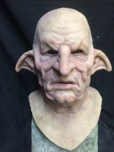 Goblin Bank Teller / Creepy Elf