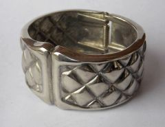 1970's Silver-Tone Grooved Quilted Diamond Clamper Cuff Hinged Bracelet