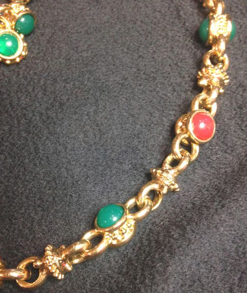 Dia Gold Necklace and Earring Set with Green and Orange Stones