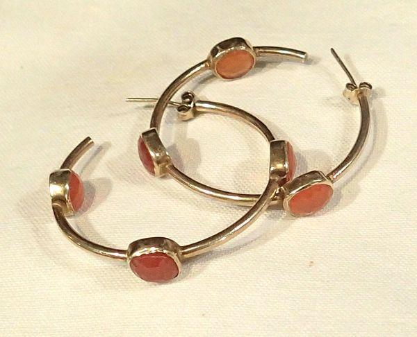 18K/14K Gold Hoop Earrings with Faceted Garnets