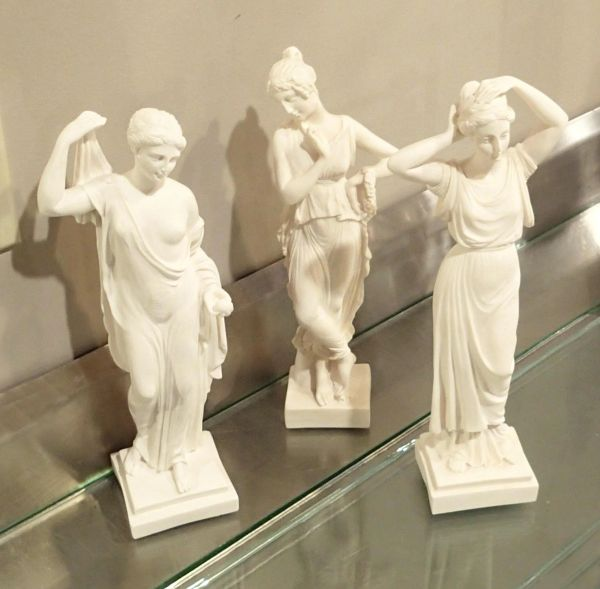 3 Graces Small Greek Figures/Statues