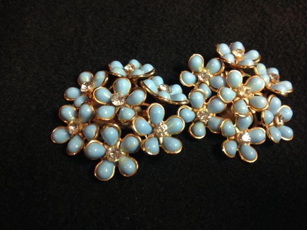 Pair of 50s vintage floral clip-on earrings
