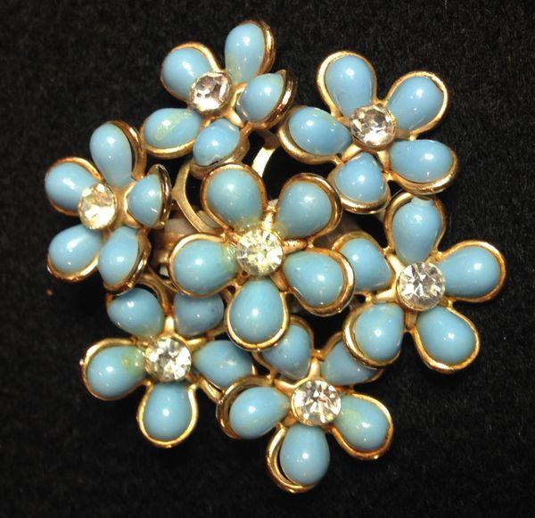 Mid-Century Flower Power Pair of Clip On Earrings