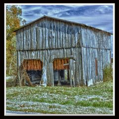 Tobacco Barn Graves County, KY
