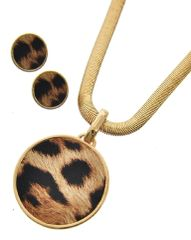 Animal Print Leatherette Pendant Necklace set