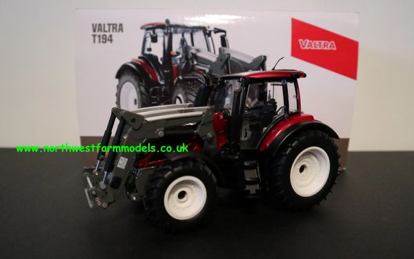 WIKING 1:32 SCALE VALTRA T194 RED METALLIC WITH FRONT LOADER AND BUCKET