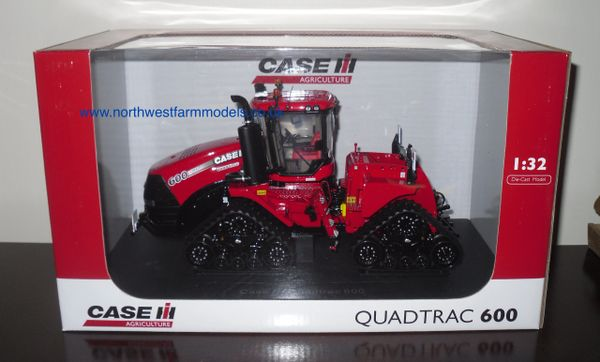 4062 Universal Hobbies 1/32 Case Quadtrac 600 (Dealer Box)