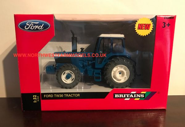 BRITAINS FARM 1/32 SCALE FORD TW30 4WD TRACTOR