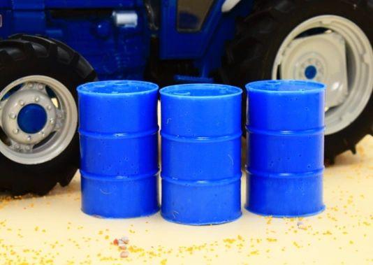 BRUSHWOOD TOYS BLUE BARRELS (x3) 1:32 SCALE FARM DIORAMA BT3052 **NEW**