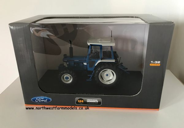 UNIVERSAL HOBBIES 1:32 SCALE FORD 7810 MODEL TRACTOR
