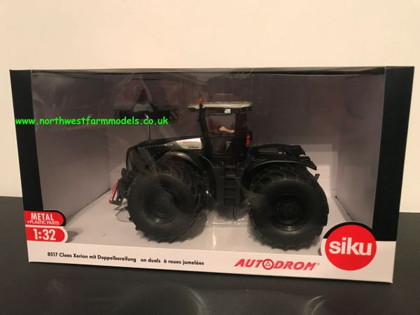 SIKU 1:32 SCALE CLAAS XERION 5000 DUAL WHEELED LIMITED EDITION BLACK