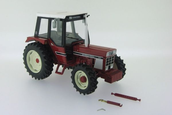 REPLICAGRI 1:32 SCALE INTERNATIONAL 845 4WD MODEL TRACTOR