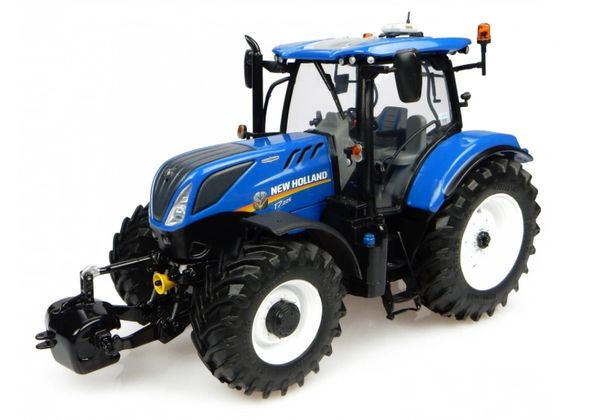 UH4893 Universal Hobbies New Holland T7.225 (2015)