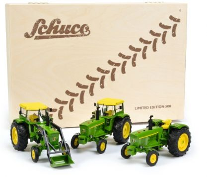 SCHUCO 1/32 SCALE JOHN DEERE 2016 CHRISTMAS COLLECTORS LIMITED EDITION