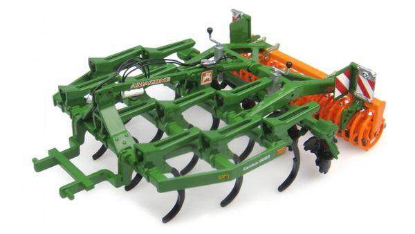 UH4276 Universal Hobbies Amazone Cenius 3002 Super Cultivator