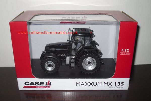 "UH4952 1/32 Scale CASE MAXXUM MX135 ""BLACK BEAUTY"" LIMITED EDITION"