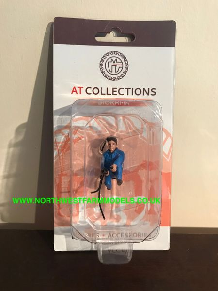 "AT COLLECTIONS 1:32 SCALE ""MECHANIC INFLATING TIRE"" FIGURE"