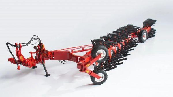 ROS 60151 1:32 SCALE GREGOIRE BESSON SPSLB9 14 FURROW REVERSIBLE PLOUGH
