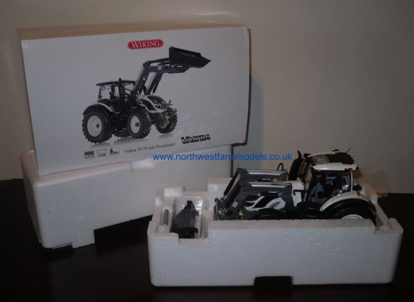 Wiking 1/32 Valtra T174 (WHITE) With Loader **NEW**