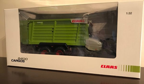 USK SCALEMODELS 30020 1:32 SCALE CLAAS CARGOS 8400 DOUBLE AXLE FORAGE WAGON