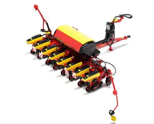 USK SCALEMODELS 1:32 SCALE VADERSTAD TEMPO F8 SEED DRILL