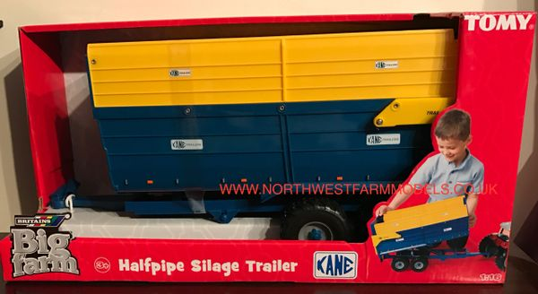 43017A1 BRITAINS BIG FARM 1/16 SCALE KANE HALF PIPE SILAGE TRAILER