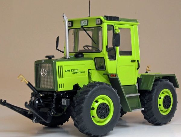 WEISE TOYS 1033 1:32 SCALE MERCEDES-BENZ MB TRAC 900