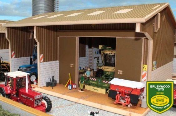 BRUSHWOOD TOYS FARM WORKSHOP BT8200