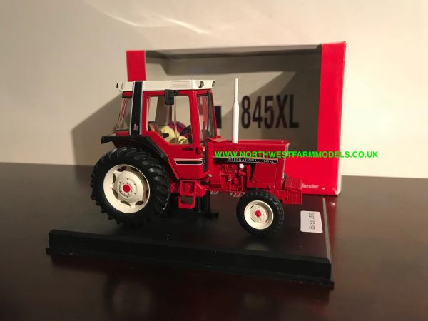 REPLICAGRI 1:32 SCALE INTERNATIONAL 845XL 2WD LIMITED EDITION