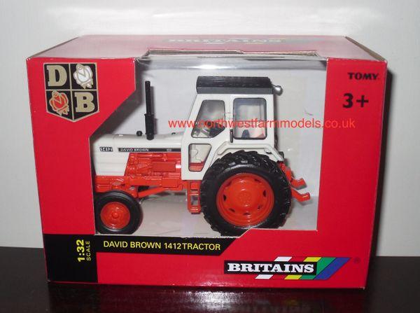 43154A1 BRITAINS FARM 1/32 SCALE DAVID BROWN 1412 MODEL TRACTOR