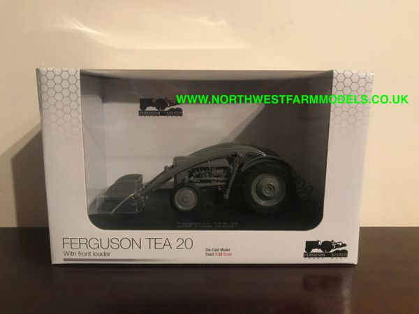 UNIVERSAL HOBBIES 1:32 SCALE 5247 FERGUSON TEA20 WITH LOADER