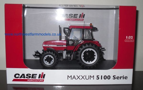 UH4001 Universal Hobbies 1/32 Case International Maxxum 5140 (1990) Tractor