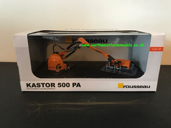 UNIVERSAL HOBBIES 4281 1:32 SCALE ROUSSEAU KASTOR 500 PA HEDGE CUTTER