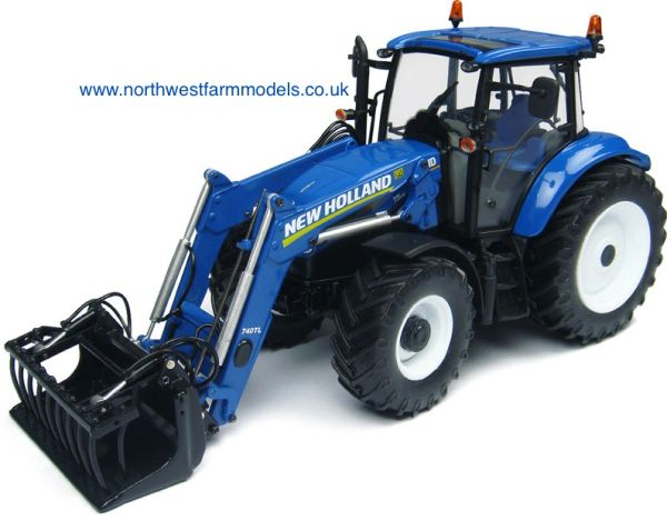 UH4274 Universal Hobbies 1/32 New Holland T5.115 with 740TL Loader (Dealer Box)