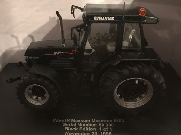"UNIVERSAL HOBBIES 1/32 SCALE CASE IH MAXXUM MAXXTRAC 5150 ""50000 EDITION"" LIMITED EDITION"