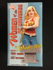 DC Direct Women Of The DC Universe Wonder Girl Mini Bust (Limited Edition)