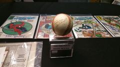 "1944-45 Official American League ""REACH"" Baseball Single signed by HOF NYY Joe Dimaggio"