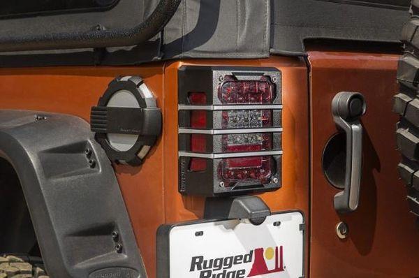 RUGGED RIDGE ELITE TAILLIGHT GAURDS 07-16 WRANGLER 11226.04