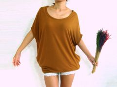 F07 Nori Women Mustard Baggy T Shirt Scoop Neck Oversized Top with Pockets