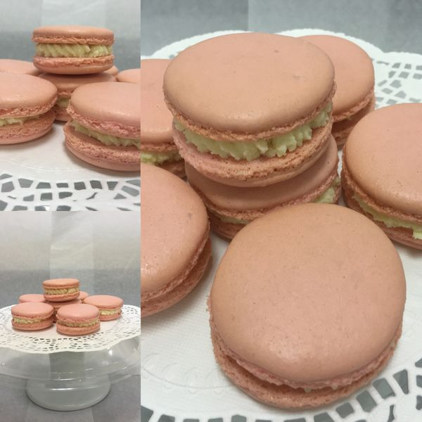 French Macarons - 4 macarons (ANY FLAVOR)