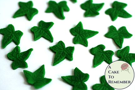 24 small ivy edible leaves for mini cupcake toppers