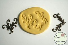 Vining leaves scrollwork mold for resin M5010